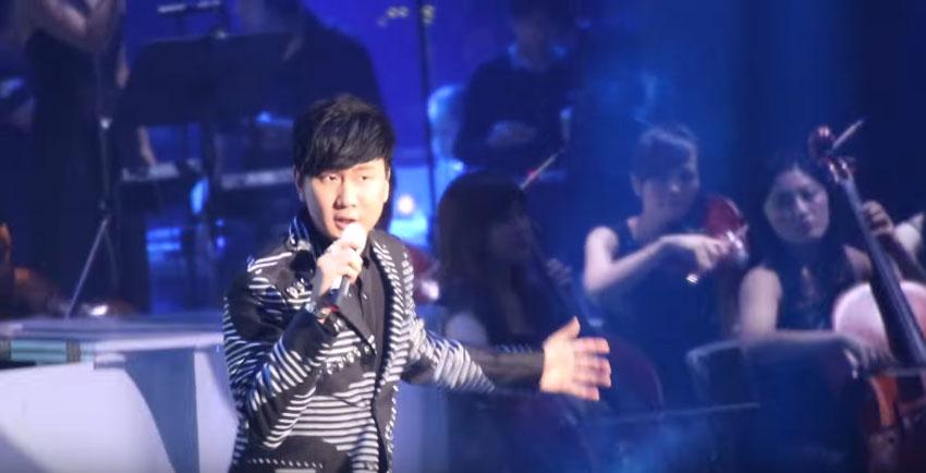 林俊傑LIVE《不為誰而作的歌》飆到高音爆猛,強到網友都說比CD還好聽啦!