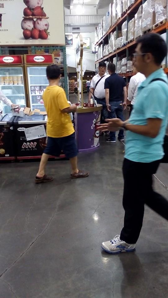 他逛Costco時聽到冰淇淋攤位「傳來驚天怒吼」,聽完超扯原因後網友都說「Costco可以讓人見證台灣人的低水準」...