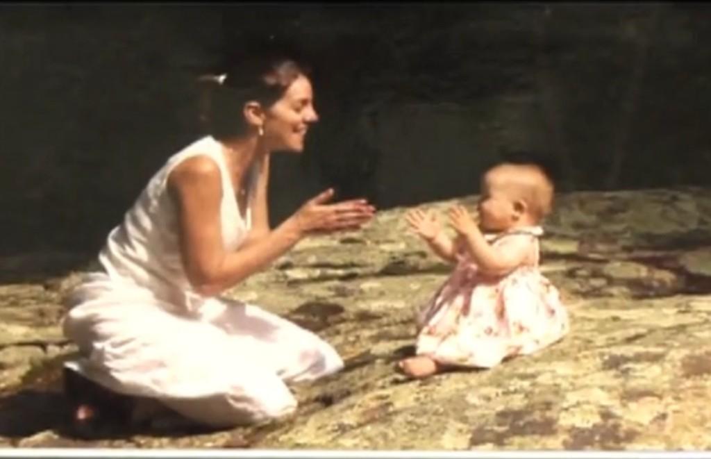 這位新手媽媽終於領養到期盼許久的女嬰,但女嬰卻不肯讓她抱抱,她才發現出了非常嚴重的問題。