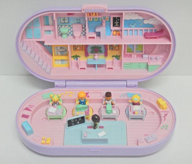 20款90年代小孩都超愛玩的「經典芭莉口袋娃娃夢幻屋」 泳池豪宅以前最想要❤