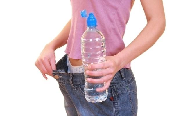 如果你30天內「只喝水」的話,這就是你身體會有的驚人變化!