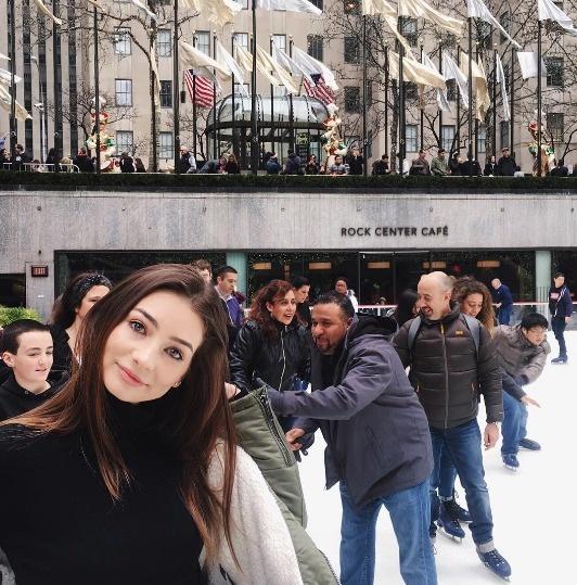 保羅沃克的愛女現在已經18歲了!人美心更美的她用「最棒的方式」懷念爸爸讓粉絲都忍不住落淚了...