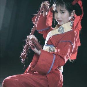 美女Cosplay當年邱淑貞飾演的「小昭」,因相識度超越90%讓大家吶喊「就本人啊!」