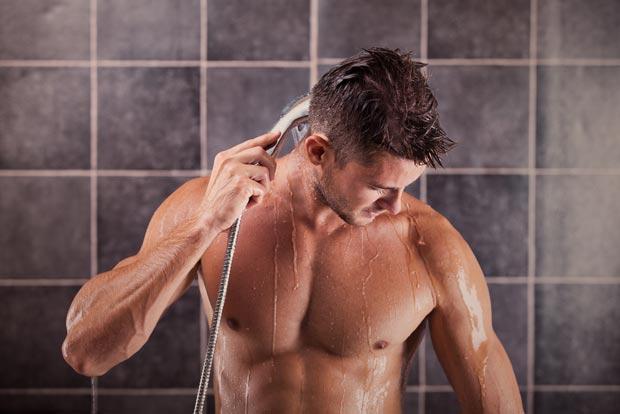 許多人運動完最喜歡「立刻沖冷水澡」來消暑,結果沒想到就這樣把命都洗掉了...