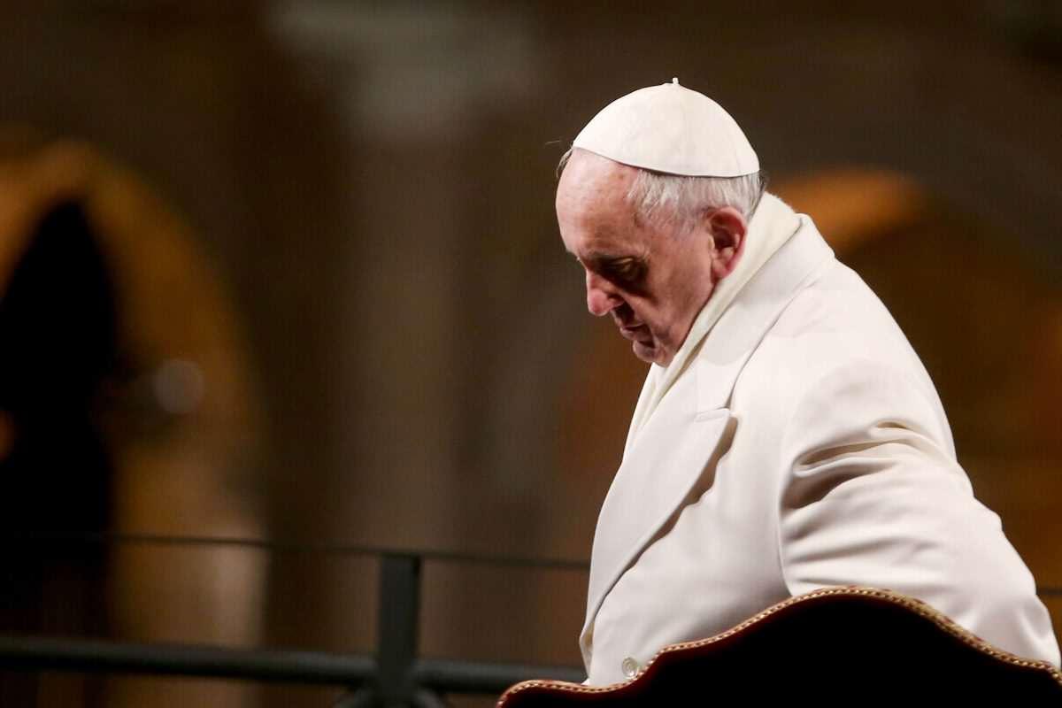 針對全世界吵得沸沸揚揚的同性戀問題,「教宗方濟說出的這句話」讓所有人都覺得看到上帝下凡了!