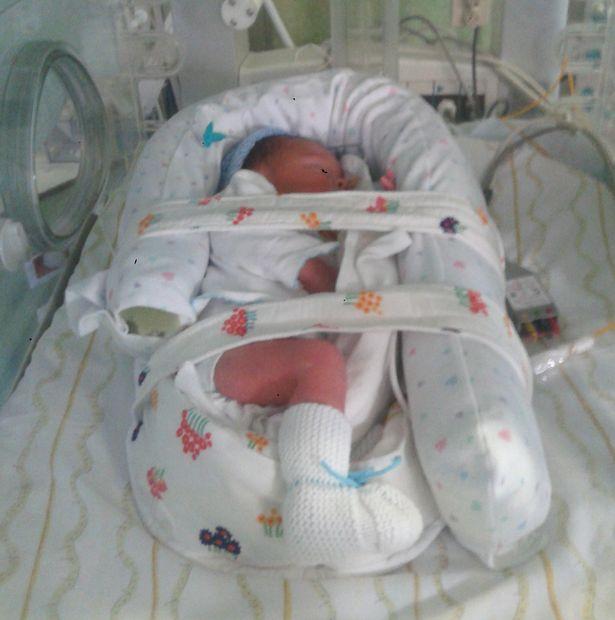 80名醫生圍著這名已經死亡的孕婦將近4個月,「史無前例的醫學奇蹟」就這麼出現了!