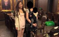 網友已經為「這名正妹有沒有穿褲子」戰到翻了!就算你眼睛超利一定也看不出來!