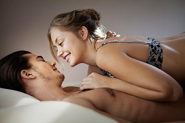 很多女生愛愛都無法高潮原來是因為我們最常見的愛愛方式太弱了!只要換成這個...*喘氣*