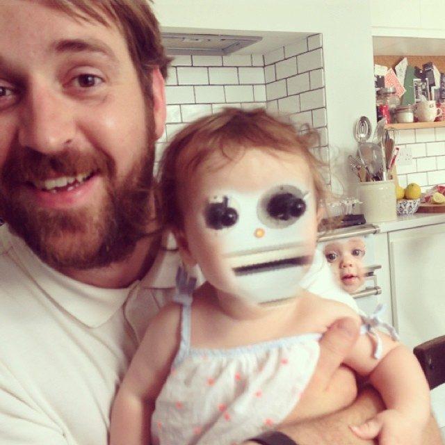 20張會把你嚇到每天做惡夢的「超失敗臉部對調照」,女孩臉跟輪胎對調的畫面讓我快往生了...