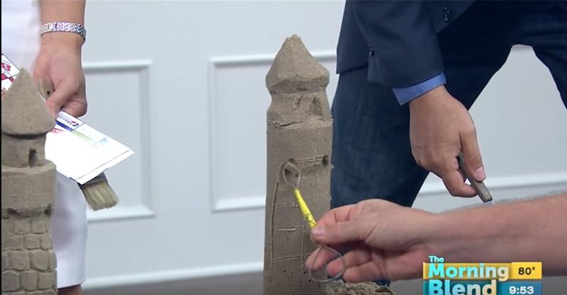 這名沙雕高手在直播時展現了自己的實力,但主持人的一個動作直接讓作品變成禁播畫面...