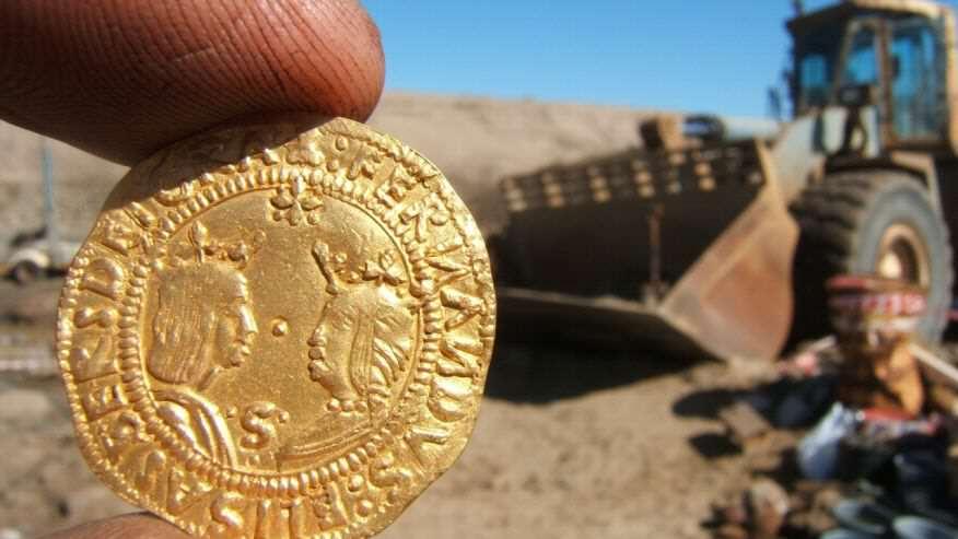 考古團隊在非洲沙漠底下挖出了這艘500年的沈船,看到價值29億的寶藏我發現沙漠才是金礦!