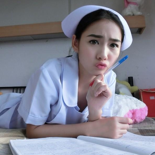 這名泰國護士正到星探都搶破頭了!超完美身材「上天太不公平了!」