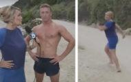 女記者在海邊採訪時被帥哥「煞到」一見鍾情,最後丟下麥克風衝刺追求真愛了...