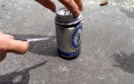 他只是把喝剩的啤酒分放在蟑螂多的地方,結果隔天一看超猛畫面...所有人就直接照做了!