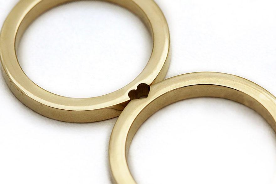 7款只要一結合就能讓你跟另一半長長久久的「終極浪漫對戒」。