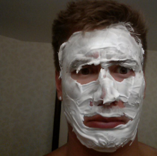 This picture of USA swimmer Nathan Adrian shaving his ENTIRE face before a meet: