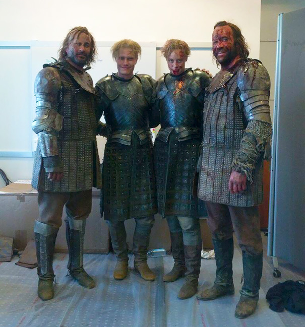 Gwendoline Christie And Rory McCann With Their Stunt Doubles On The Set Of Game Of Thrones