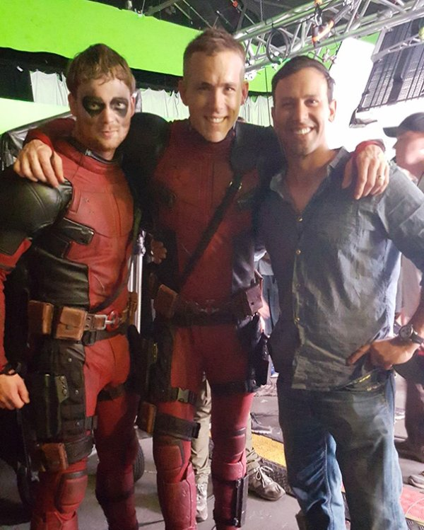 Ryan Reynolds And Stunt Double Will Erichson On The Set Of Deadpool