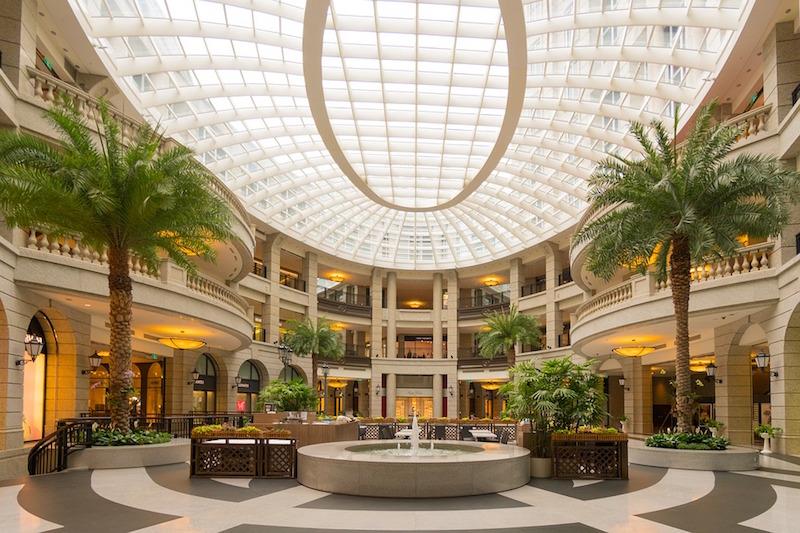 shopping-mall-1416500_960_720