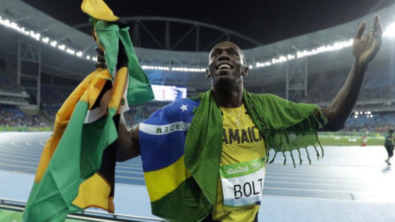 就在「牙買加閃電」稱霸成為世界最快的男人贏得第9面金牌時,一旁的媽媽竟然用帶有失望的表情看著他...