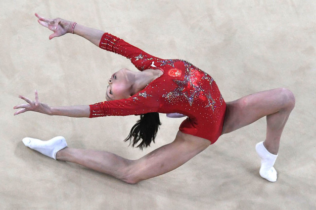 這就是奧運「體操選手需要穿著襪子」的真正原因,輸贏關鍵就在它身上!