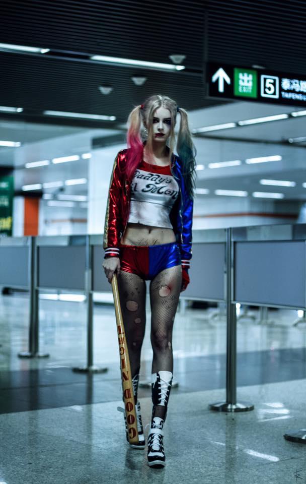 烏克蘭辣模被封「最辣小丑女coser」,一看超美素顏照大家更是徹底戀愛了!