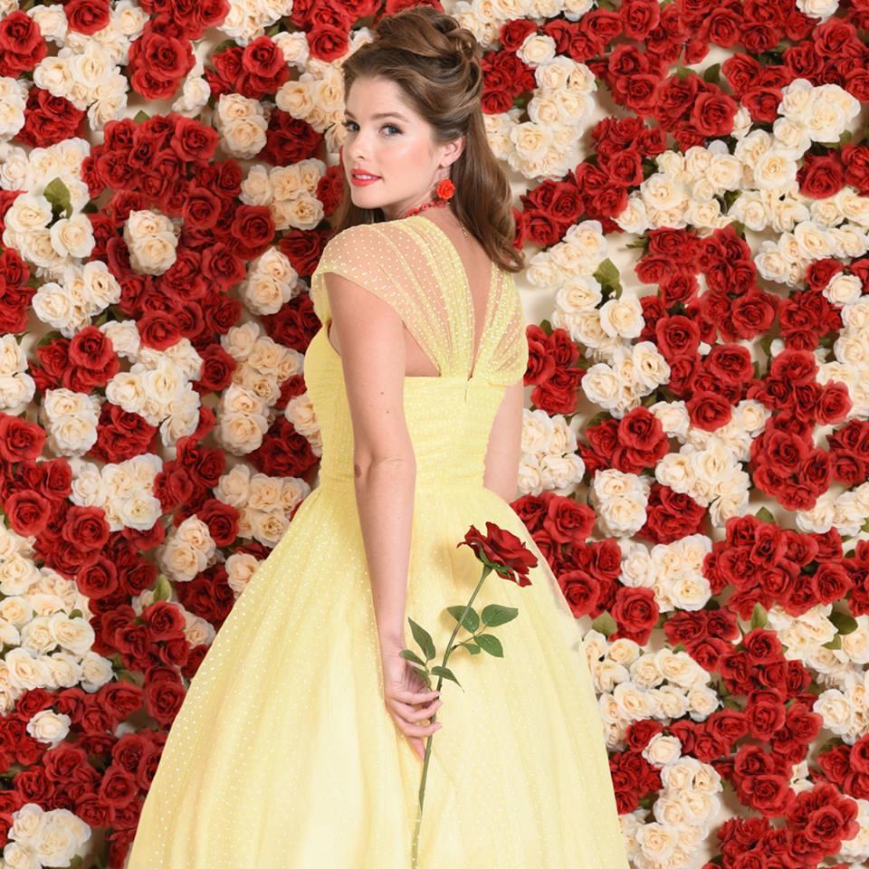 美服飾品牌推出「迪士尼主題夢幻時裝」,米老鼠超可愛灰姑娘的洋裝直接讓人美哭!
