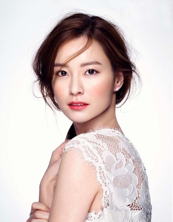 最美孕婦鄭有美榮登「韓國新一代氧氣美女」,這招「清新自然眉毛妝容」就是打造優雅氣質的關鍵!(內有教學)