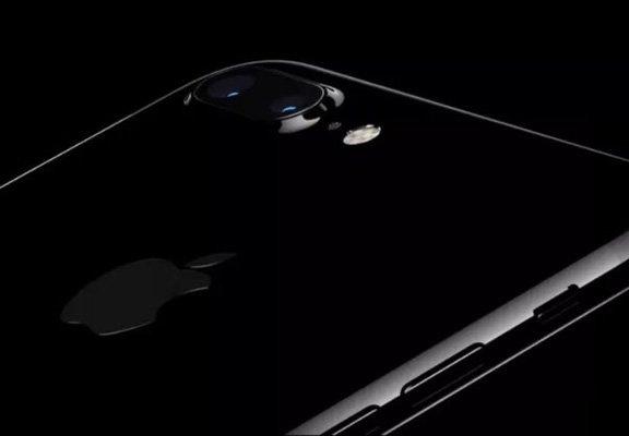 這就是為什麼專家建議你「千萬不要買iPhone 7」!不要想不開去當冤大頭啊!