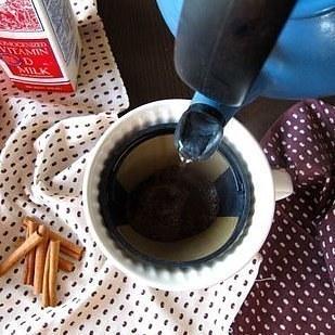 33個你只要一知道就可以成為廚神的「高效率廚房秘技」,#27把蛋放到水裡面就可以看出新不新鮮了!