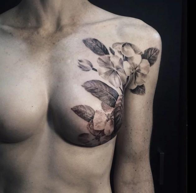 21個「把過往悲傷疤痕變成最美藝術」的絕美人體蛻變。