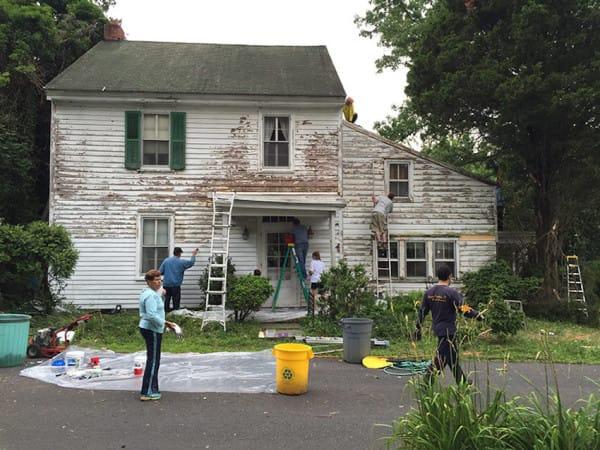 neighbor-paint-02-800-600x450