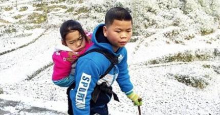 堅強弟弟從小擔起父職照顧殘疾姊姊,還對姊姊說:「我要一直背妳到上大學!」