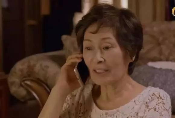 她遇到超扯媽寶相親對象連吃水餃都要管,最後還是媽媽打去告白!