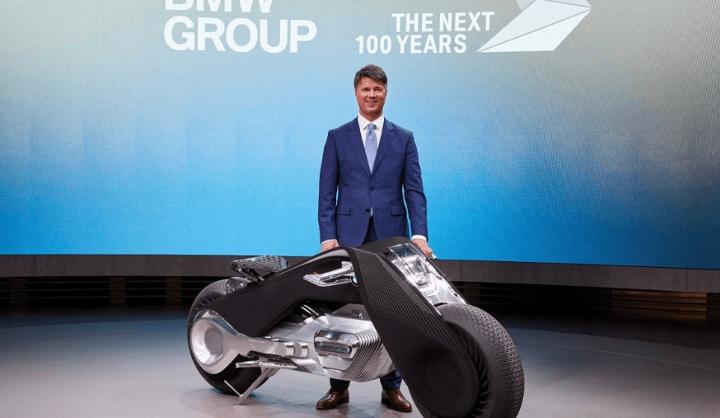 BMW推出這台機車號稱「不用戴安全帽」,因為安全到根本就不需要!