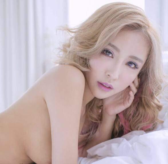 E奶辣模「雪碧」爆料有的麻豆拍完照會提供啪啪啪「售後服務」!不過「性感不代表隨便」。