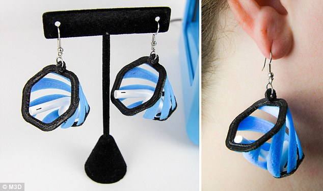 3D列印公司推出免費下載這對耳環設計,讓大家永遠都不會遺失Airpod耳機!