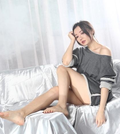 《樓下的房客》金馬配角李杏透露「第3點一直滑落穿幫、被吐口水」,但還是硬拍!
