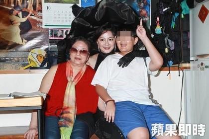 41歲的傅天穎離婚被騙500萬神隱3年後再度出現,表示為了家計「轉行按摩」過活...