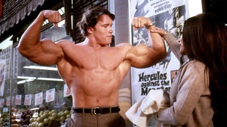 如果你一直練都不壯的話,試試看阿諾興起的「真正高能健身訓練」!