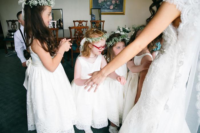 這名特殊學校的美女老師不顧任何人眼光,決定一定要她最愛的所有唐氏症學生擔任她婚禮最重要的嘉賓!