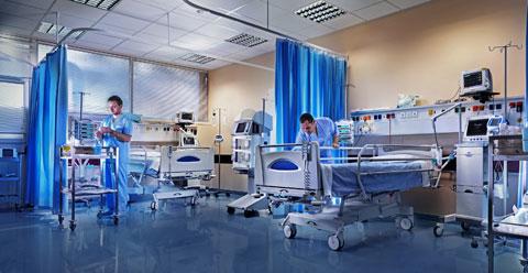 小女孩掉入冰冷河中「冰凍缺氧長達66分鐘」,宣告死亡但醫生發狂不放棄改變醫學歷史!