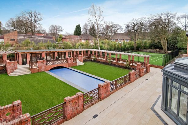 小賈斯汀搬進北倫敦月租418萬古蹟豪宅,「希臘神殿超美室內泳池」太值得了!