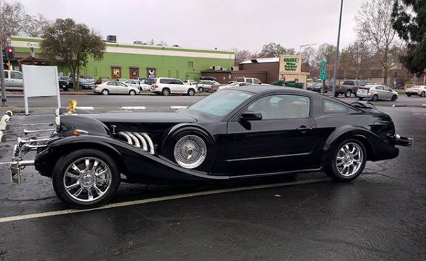 strange bizarre cars cool awesome 36 You see the strangest cars on the road nowadays (40 Photos)