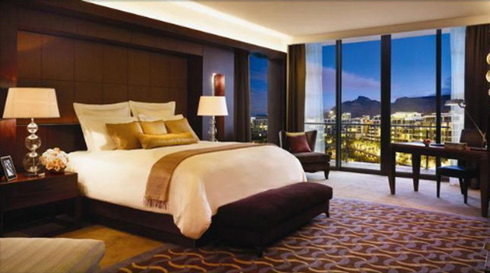 飯店奧客堅持「用雙人券住四人房」不然找記者,員工崩潰發文:「誰養壞台灣人?」