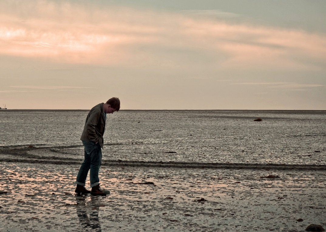 753px-loneliness_4101974109
