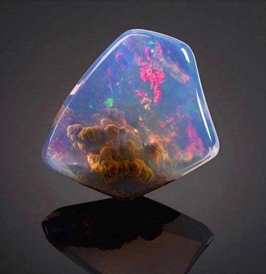 21顆比鑽石還耀眼100倍的「地球之寶石」,#2居然比人還要高!