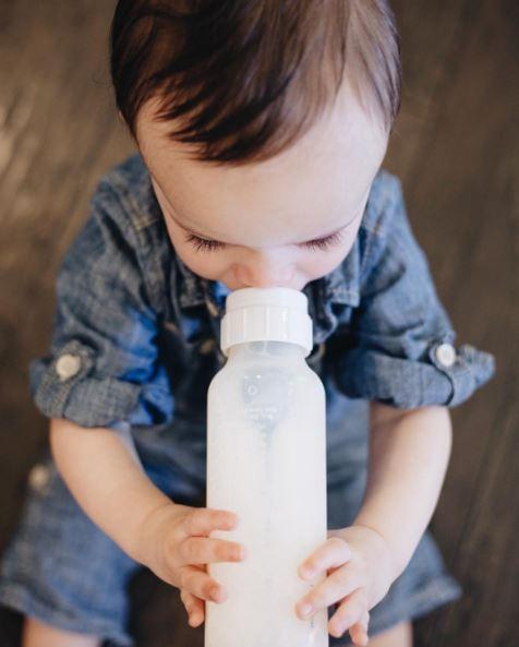 營養師:「千萬別再給寶寶喝水」!他可能會被你給害死!