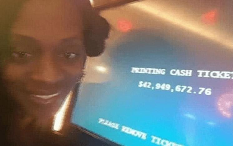 單親媽媽在賭場「贏得台幣13億」欣喜若狂,賭場只請她吃了一客牛排...