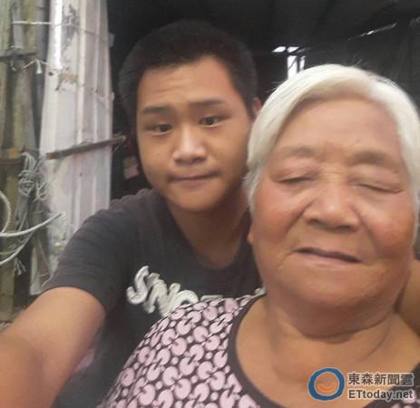 73歲阿嬤跳海救回「外籍男嬰」不顧親友反對堅持領養,孩子長大證明「美滿的家庭」跟血緣無關!